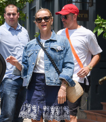 Reese Witherspoon - Leaving Tavern Restaurant in Brentwood 7/28/18