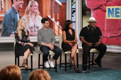Beth Behrs & Tichina Arnold - The Talk: October 1st 2018