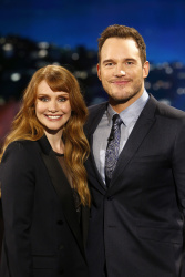 Bryce Dallas Howard - Jimmy Kimmel Live: December 4th 2017