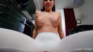 DayWithAPornstar 20 07 09 Luxury Girl Soaking Yoga Pants