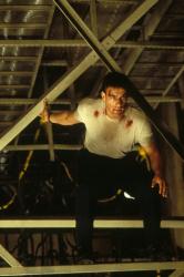 Внезапная смерть / Sudden Death; Жан-Клод Ван Дамм (Jean-Claude Van Damme), 1995 SC82tVIo_t