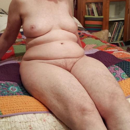 Chubby granny nude pics