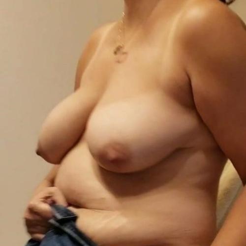 Pics of nude big boobs