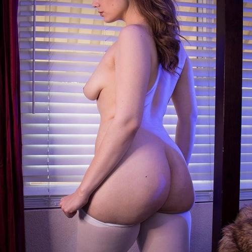Amateur nude female photos
