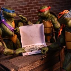 Teenage Mutant Ninja Turtles 1990 Exclusive Set (Neca) BjPQmyTC_t