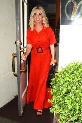 Katy Perry - Leaves Madeo Restaurant in Beverly Hills 04/24/2019