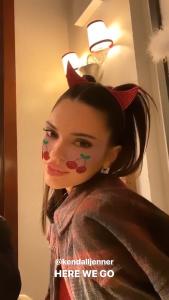 Kendall Jenner FisySDdq_t