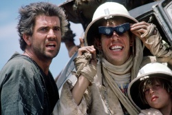 Безумный Макс 3: Под куполом грома / Mad Max 3: Beyond Thunderdome (Мэл Гибсон, 1985) Nk1DeTJs_t