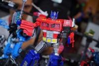 Jouets Transformers Generations: Nouveautés Hasbro - Page 24 WlUCI0ix_t