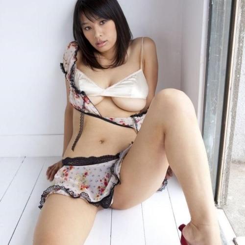 Mature tits porn pics
