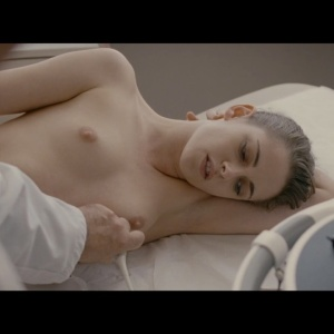 Kristen Stewart  Personal Shopper (2016)  1080p