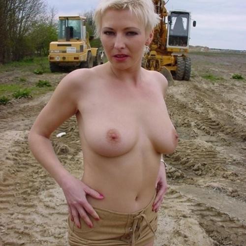 Tits Nice