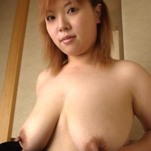 Huge nipple sucking porn