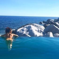 Sarah Hyland Skinny Dipping in a Pool in the Virgin Islands - 12/1/18 Instagram