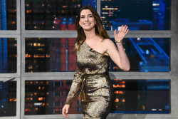 Anne Hathaway - The Late Show with Stephen Colbert: May 24th 2018