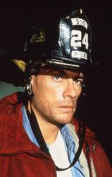 Внезапная смерть / Sudden Death; Жан-Клод Ван Дамм (Jean-Claude Van Damme), 1995 W40zlow4_t