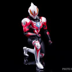 Ultraman (S.H. Figuarts / Bandai) - Page 6 CkhZq695_t