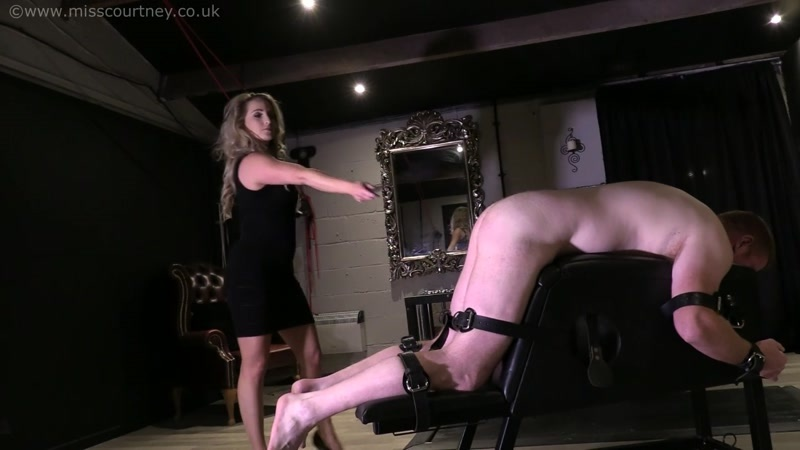 A Hard Paddle For The Slave [HD 720P]