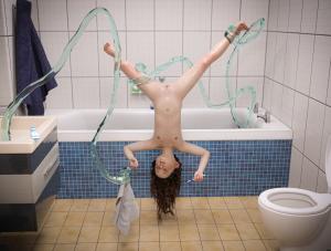 [Cetarns] Girl and water tentacle