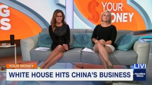 JENNIFER WESTHOVEN *upskirt, thighs* w/slomo + Robin Meade *leg cross*- HLN - 6.15.2018 WAUEt0IS_t