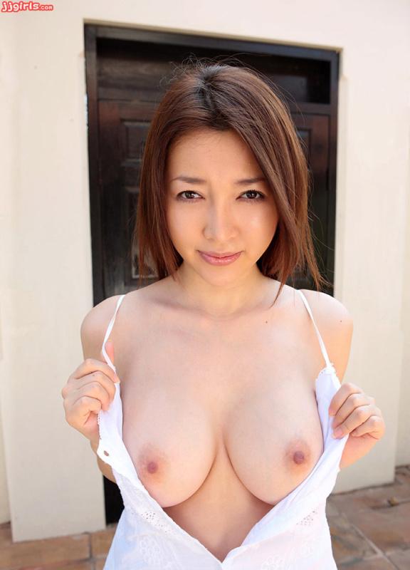 Uzuki Mai 卯月麻衣