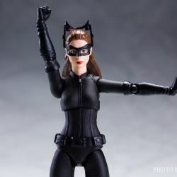 Catwoman - Batman The Dark Knigh rises - SH Figuarts (Bandai) SEehn3ly_t