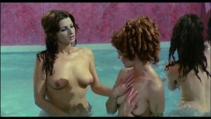 Patrizia Webley / Cha Landres / others / Le calde notti di Caligola / nude / (IT 1977) 5LhXgyjt_t
