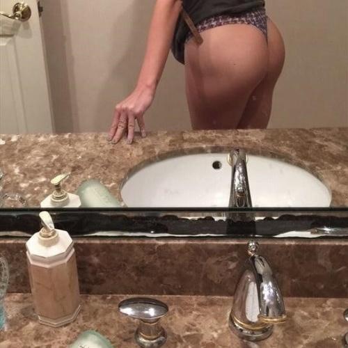 Natural sexy tits