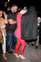 Kylie Jenner WvTm6RXt_t