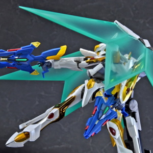 "Gundam : Code Geass - Metal Robot Side KMF ""The Robot Spirits"" (Bandai) - Page 2 AR5twHtf_t"