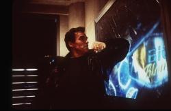 Шестой день / The 6th Day (Арнольд Шварценеггер, Майкл Рапапорт, Тони Голдуин, 2000) YqqAsRZA_t