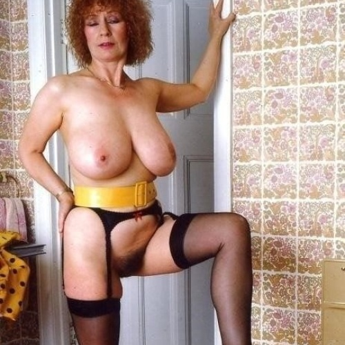 Mature women boobs pics