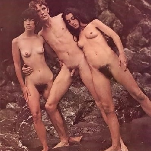 Nude mature threesomes