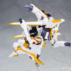 "Gundam : Code Geass - Metal Robot Side KMF ""The Robot Spirits"" (Bandai) - Page 3 Ah3YUeCj_t"