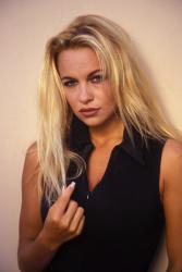Памела Андерсон (Pamela Anderson) Barry King Photoshoot 1992 (31xHQ) G2TVI0Bl_t