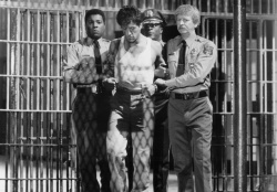 """Взаперти - """"Тюряга """"/ Lock Up (Сильвестер Сталлоне, 1989)  P2iXV6Z0_t"""