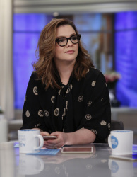 Amber Tamblyn - The View: March 6th 2018