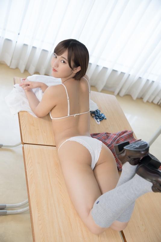 Kozuki Anju 香月杏珠