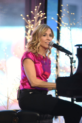 Sheryl Crow - Good Morning America: December 11th 2017