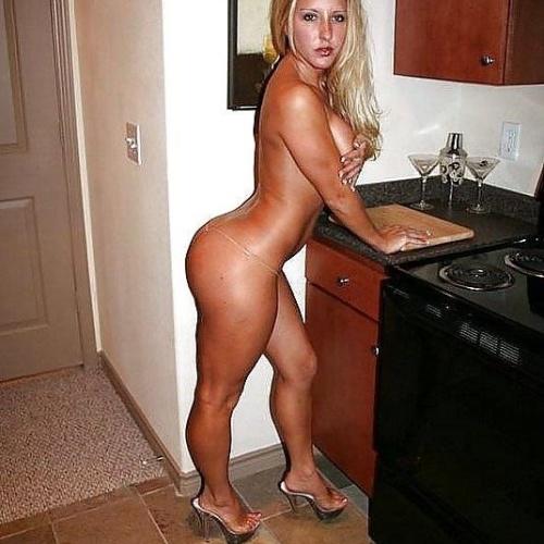 Skinny hips big tits