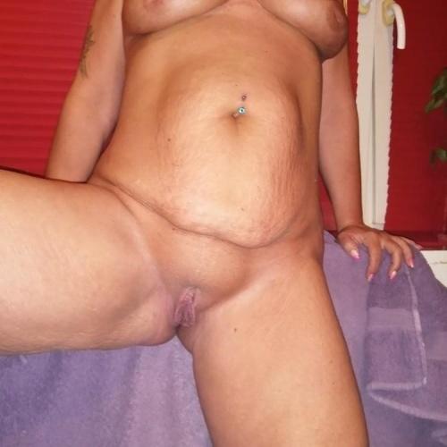 Horny mom porn pics