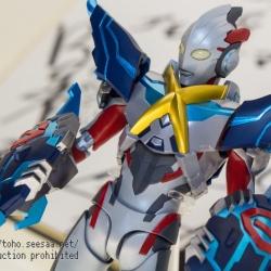 Ultraman (S.H. Figuarts / Bandai) - Page 6 CHrm05wo_t