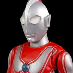 Ultraman (S.H. Figuarts / Bandai) - Page 5 0M3z3OkB_t