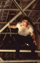 Внезапная смерть / Sudden Death; Жан-Клод Ван Дамм (Jean-Claude Van Damme), 1995 EAV7Q6yc_t