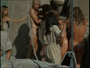 Pam Grier / Margaret Markov / others / The Arena / nude / topless / (US 1973)  E1jKQ3FS_t