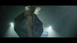 """Taylor Momsen - The Pretty Reckless """"Heaven Knows"""" Official Video 2014-02-13"""