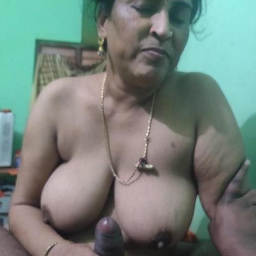 Reshma aunty nude