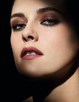 Kristen Stewart -          Noir et Blanc de Chanel Campaign July 2019.