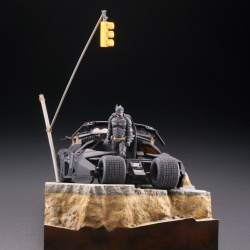 Batman : Batmobile Tumbler in Gotham City figure - Legacy of Revoltech (Revoltech) 9kAm8tri_t