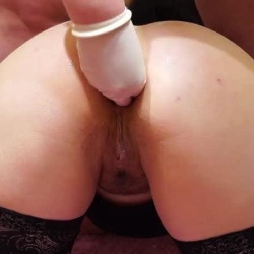 Black anal fisting